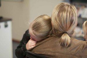 Que faire quand votre enfant revient de l'école en pleurant… ou en colère?